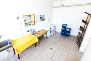 unser Serviceraum mit Waschmaschine und Wäschetrockner, für unsere Wintergäste gibt es auch einen Schischuhtrockner